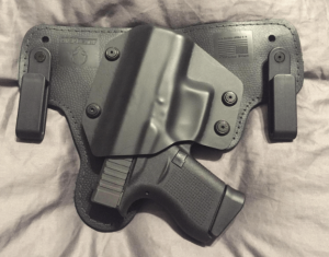 alien gear best iwb holster for glock 19